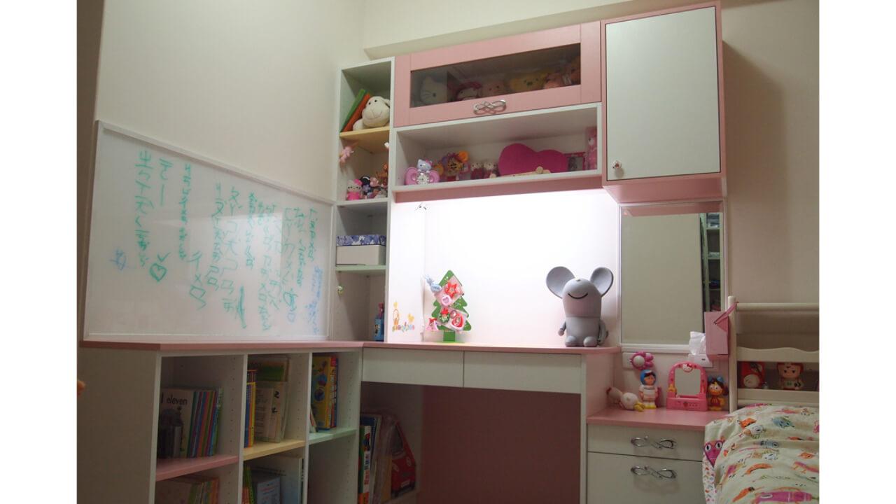 建築設計作品-舊屋翻新-女孩房書桌